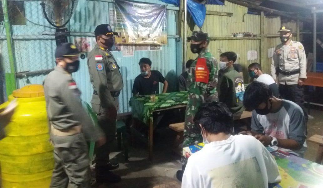 Satpol PP, TNI-Polri Himbau Warga Nunukan Patuhi 3 M