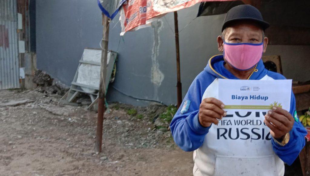 Lansia dan Dhuafa Tarakan Terima Bantuan dari Rusia.