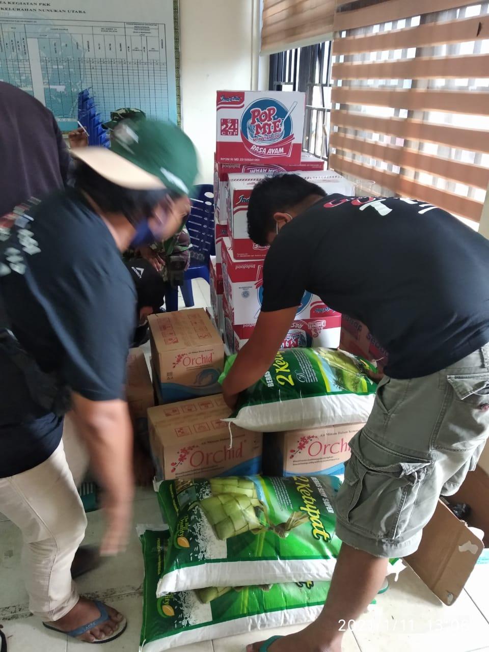 Foto Penyerahan Bantuan