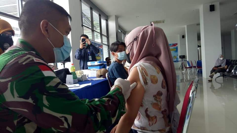 Servuan Vaksinasi Nasional